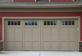 courtyard-garagedoor-162e