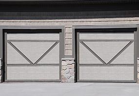 garage-door-courtyard-166e