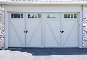 garage-door-courtyard-166t