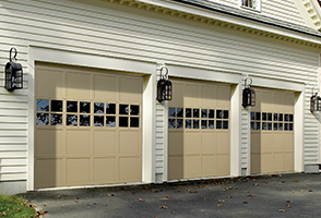 traditional-wood-garage-door-model-450